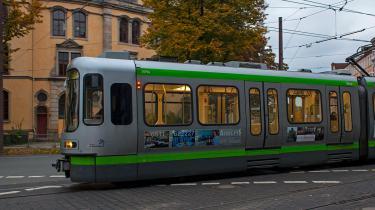 (Strassenbahn_6407_WEB.jpg)